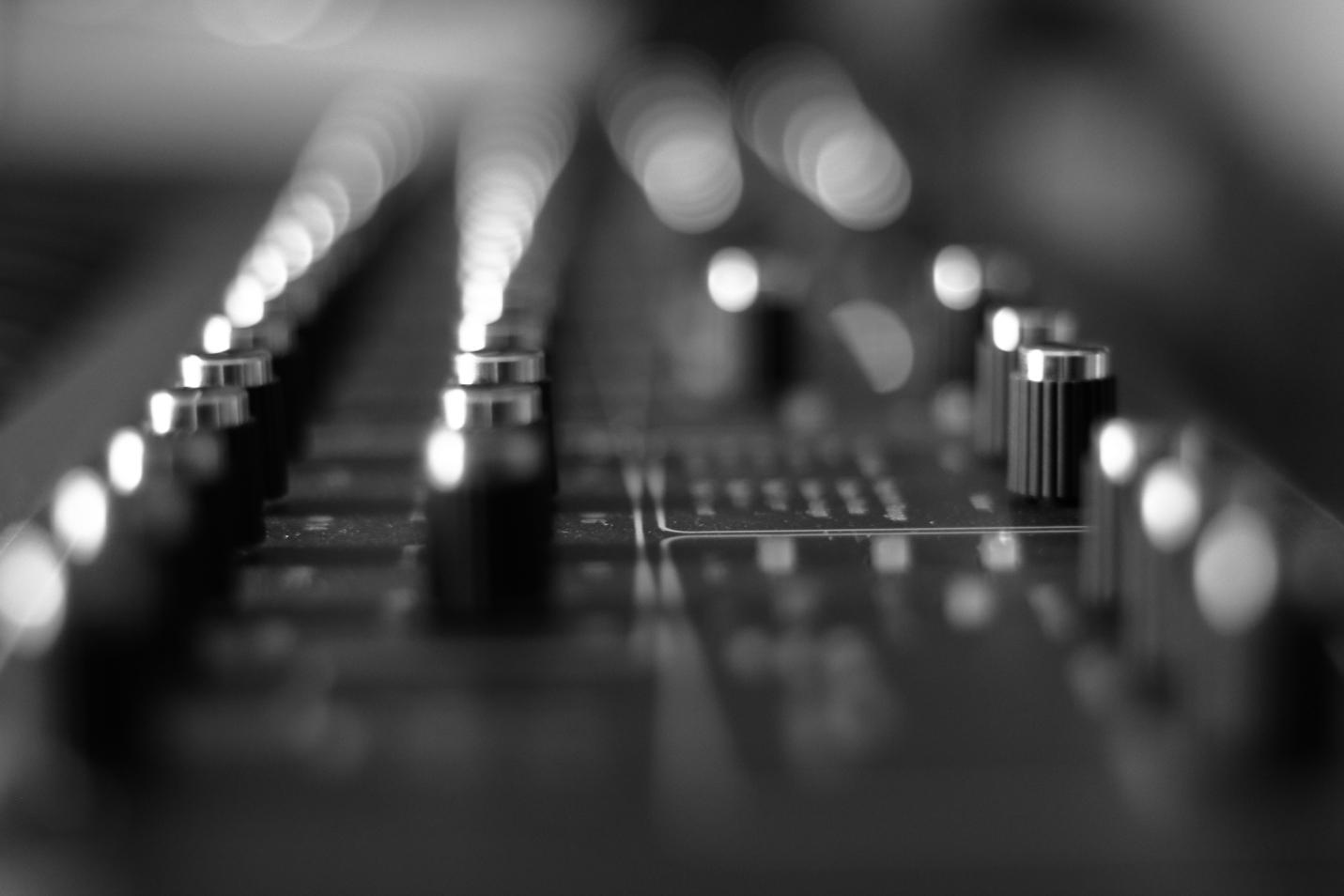 alex schuster | drumming, recording, programming